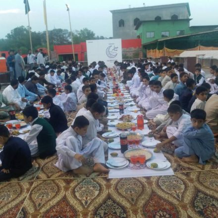 Samsung shares Ramadan blessings with Orphans as it starts its CSR campaign
