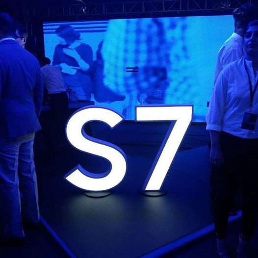 Samsung Galaxy S7 & S7-Edge launch ceremony held at IMAX Lahore