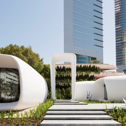 Siemens technology controls world's first 3D-printed office building in Dubai