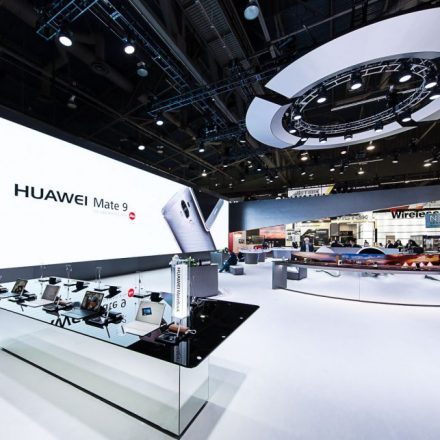 HUAWEI Mate 9 Defines History by Winning Eight Awards at CES 2017