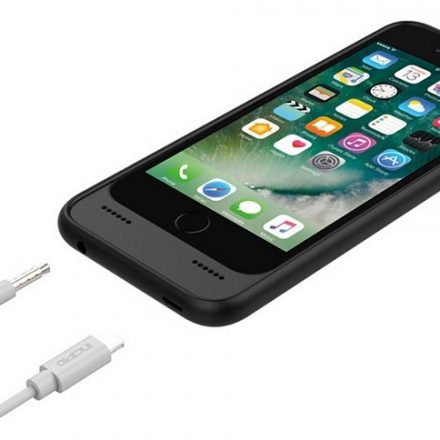 Incipio's OX case brings the headphone jack back to the iPhone 7