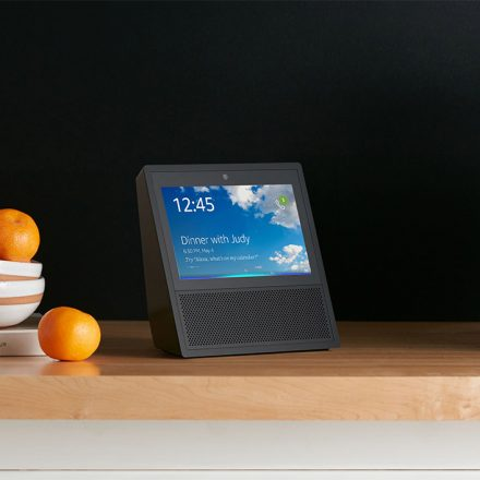 Here's how Amazon's Echo Show works