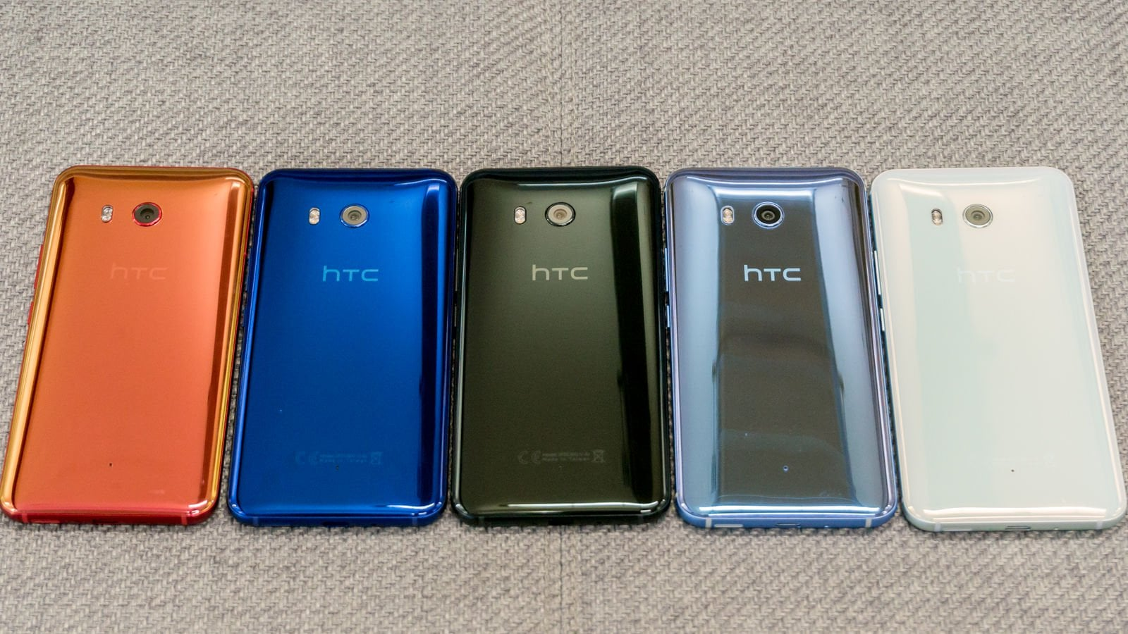 The HTC U11 has started its sale officially from the 9 June. Immediate shipments of the phone are available via HTC's website and on Amazon on its unlocked