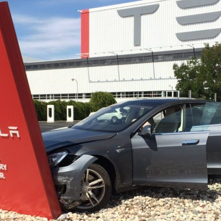 Tesla Car Crash 2016 – Report unveiled