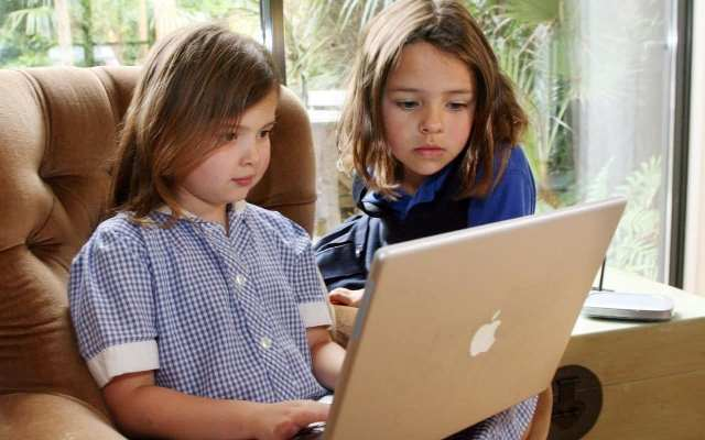 Children must spend more time online