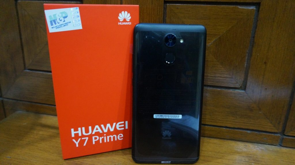 Huawei Y7 Prime Review - Works all day all night with its