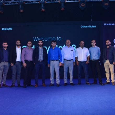 Samsung launches ' Note 8 Retailers Training Programme' in Pakistan