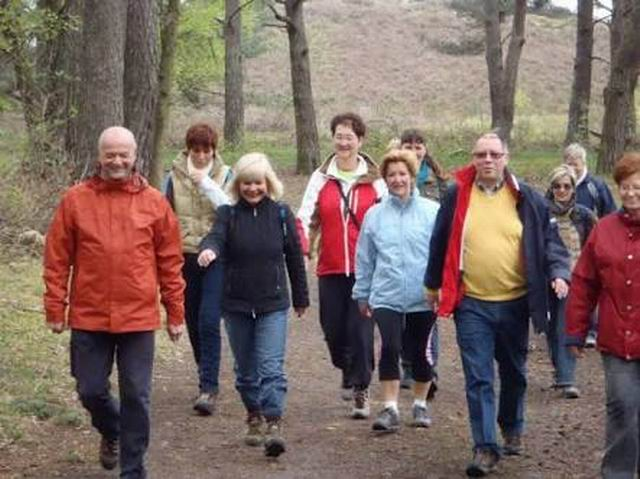 Age UK starts a thrice a week walks scheme to give people a healthy lifestyle