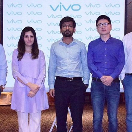 Vivo's smartphones are offering amazing features in reasonable price