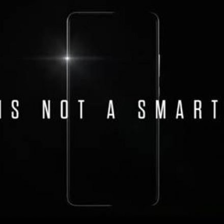 "World's first ""Intelligent Machine"" Huawei Mate 10 is being launch today"