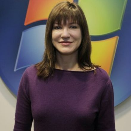 Award holder Julie Larson-Green leaves the Microsoft