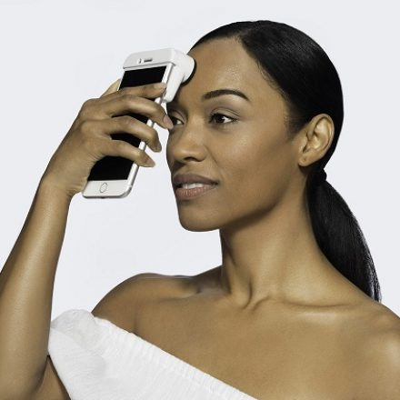 Neutrogena skin scanner would help you caring your skin