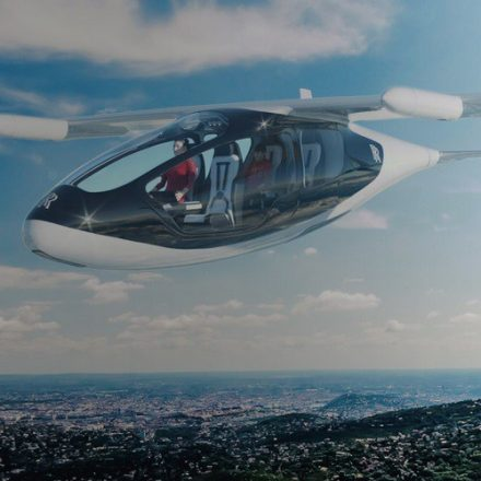 Rolls Royce to launch flying taxi by 2020
