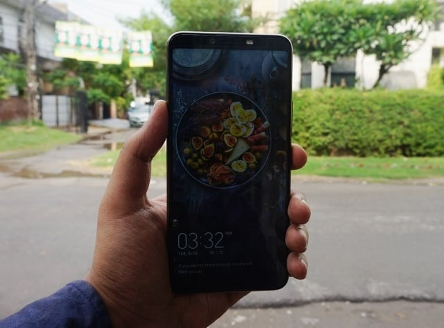 TecnoCamon X Pro Review - A challenging midranger with reasonable specs