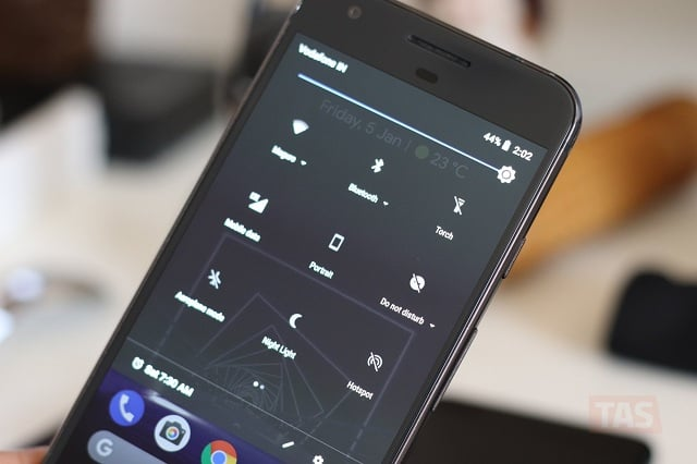 Google phone app to introduce a dark theme?