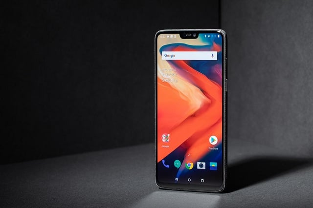 The OnePlus 6T to feature a 3,700mAh battery!