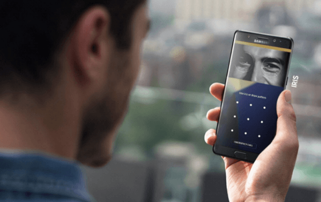 There may be no IRIS scanner on the Samsung S10