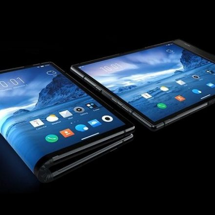 First ever foldable smartphone to come with Snapdragon 855?