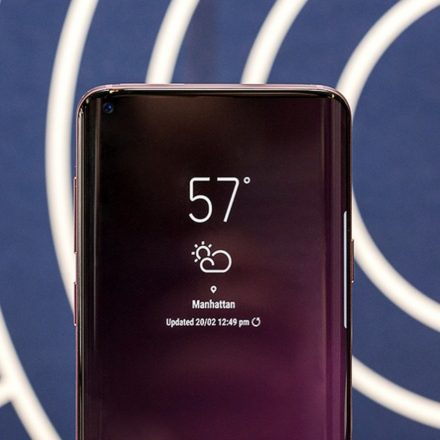 Flat screen design for the upcoming Samsung S10?