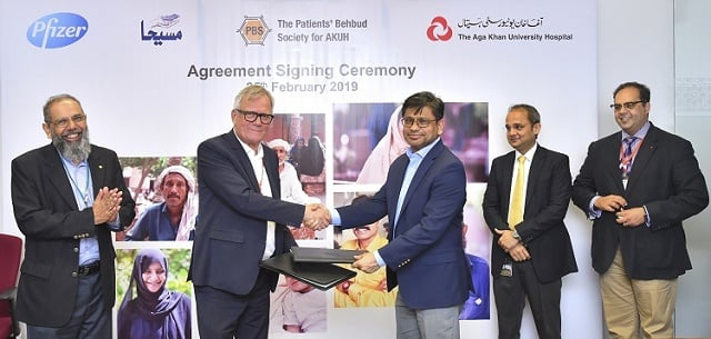 Pfizer Pakistan Limited partners with The Aga Khan University Hospital and The Patient Behbud Society for AKUH to supportneedy CancerPatients through Access Program