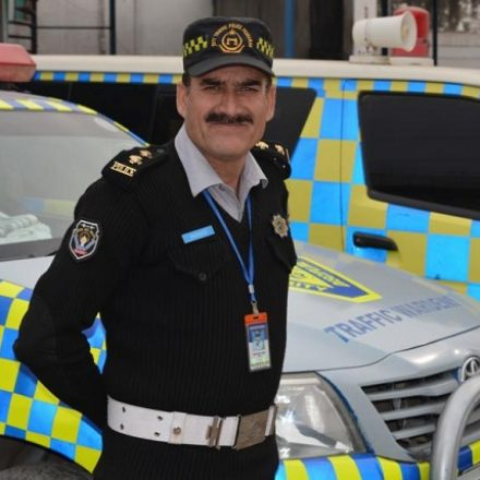 Here is an amazing Traffic Warden who uses Facebook to promote the image of Police in Pakistan