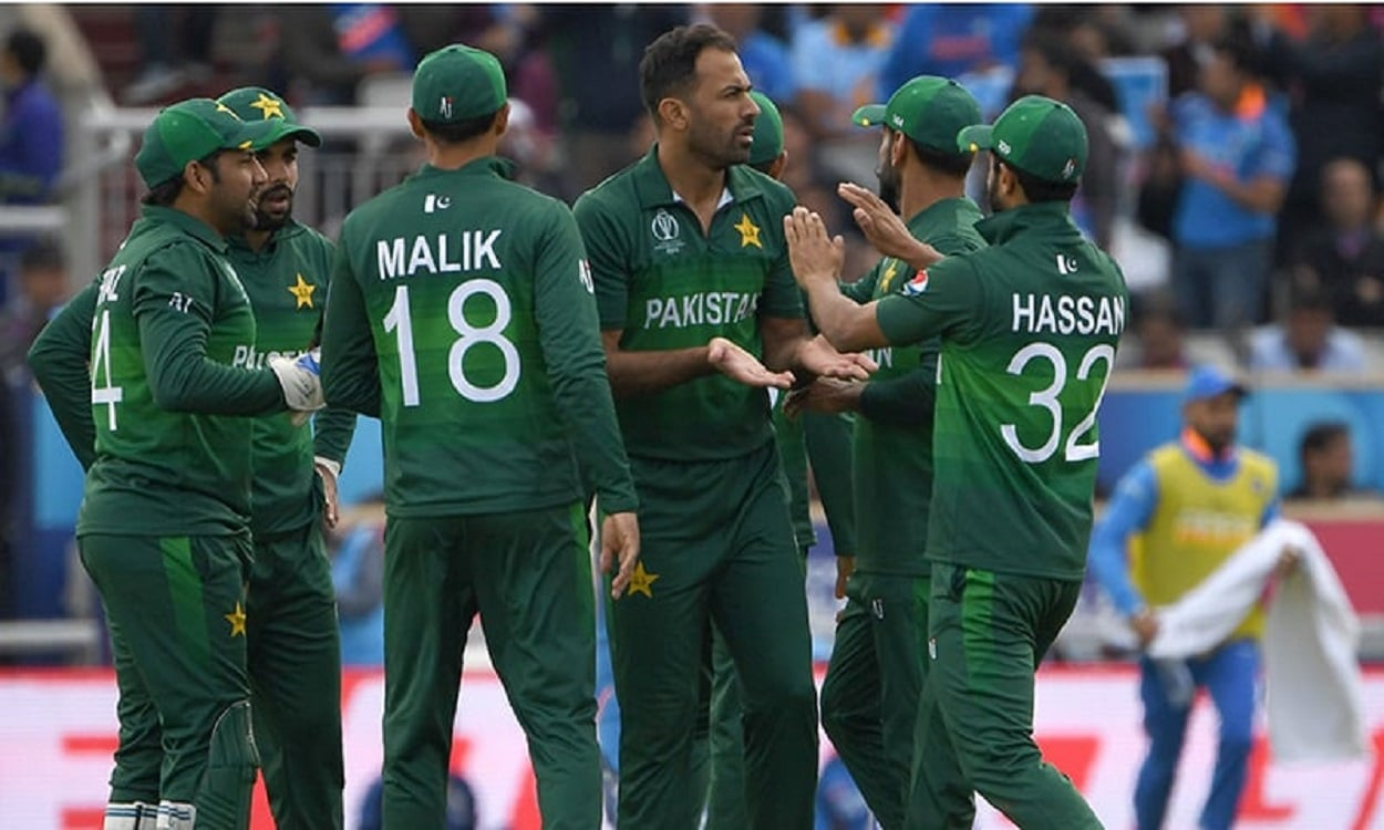 PAKISTAN FIND FORM. SOUTH AFRICA BITE THE DUST
