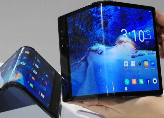 SAMSUNG TO DOUBLE UP ON HUAWEI IN FOLDABLES