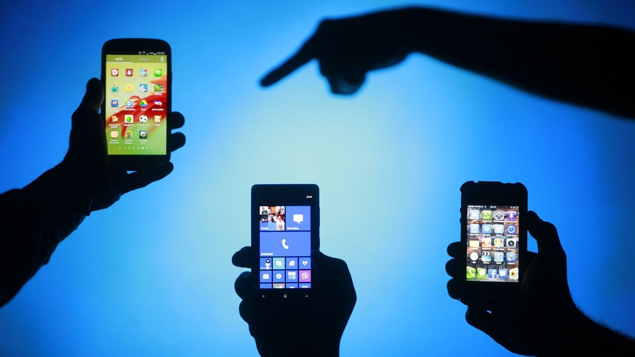 LOSS OF MOBILE PHONES USERS AFTER PTA'S CRACKDOWN