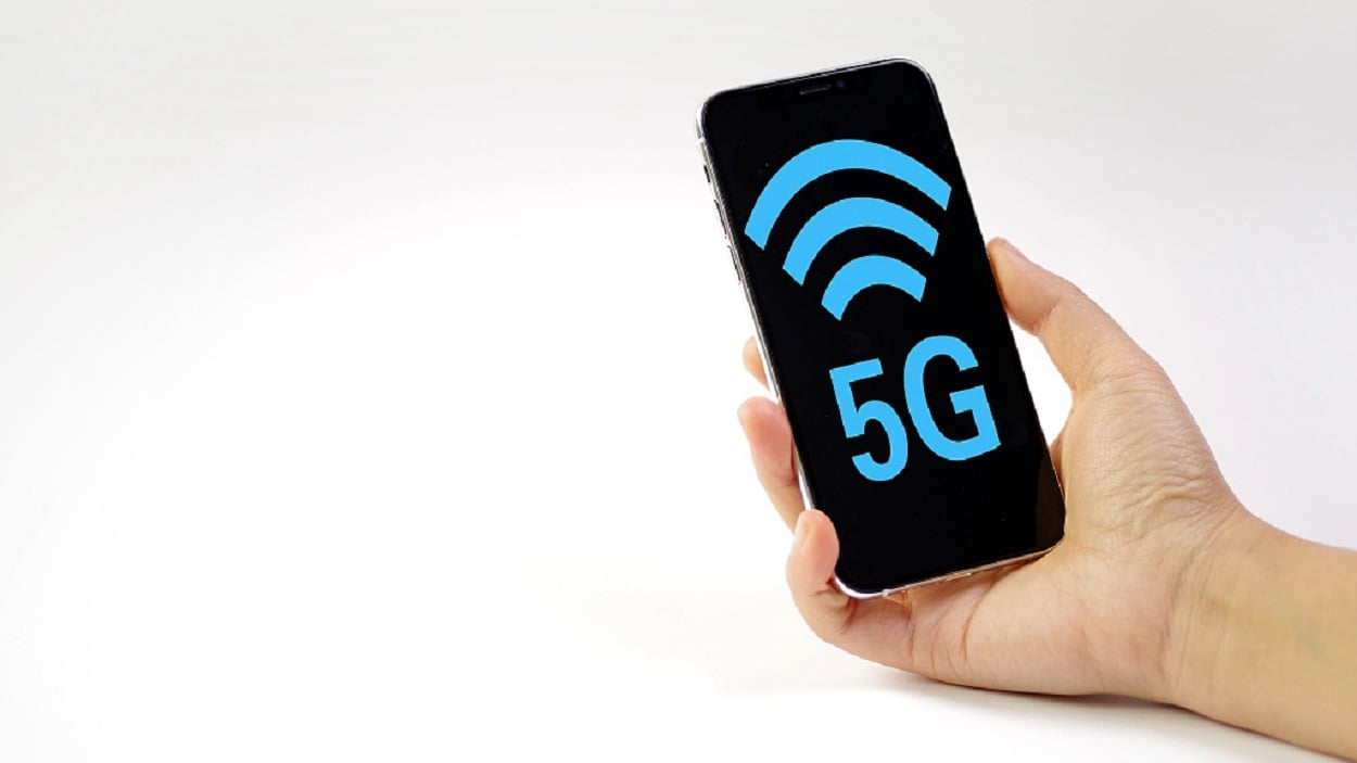 5G phones may outsell 4G ones by 2023
