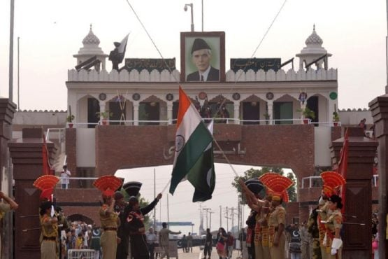 PAKISTAN SUSPENDS TRADE AND EXPELS INDIAN ENVOY OVER IJK ISSUE