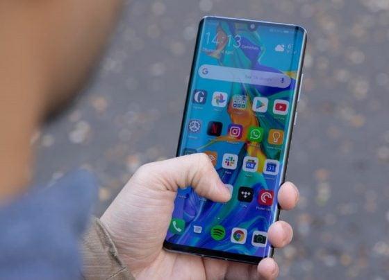 Huawei to take on Google maps?