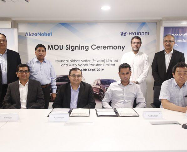 Hyundai Nishat Motorsigns MOU with AkzoNobel Pakistan