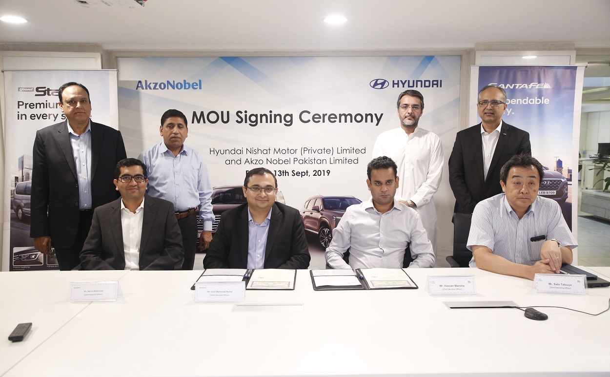 Hyundai Nishat Motorsigns MOU with AkzoNobel Pakistan