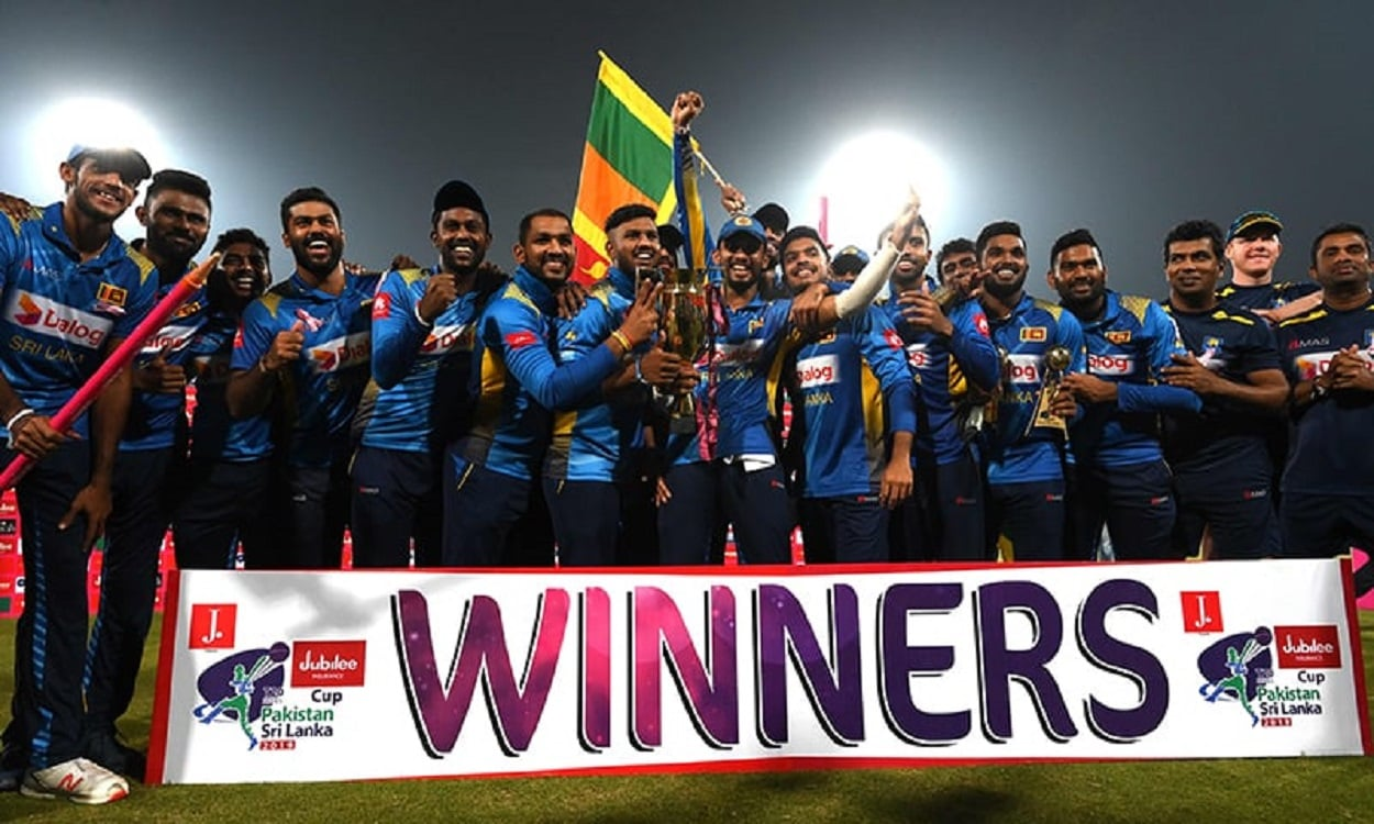 SRI LANKA COMPLETE WHITE WASH OVER WORLD NUMBER 1 PAKISTAN