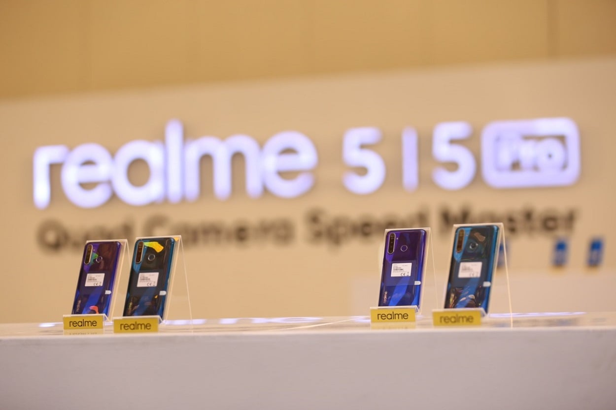 Realme redefines camera experience with a 4 camera setup with the new 5 series