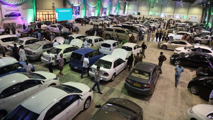 Challenges of The Used Car Trade in Hyderabad and Multan