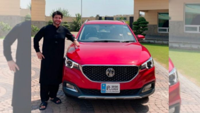 Morris Garages with javed afridi in Pakistan