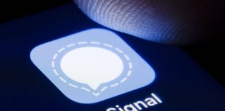 Signal messaging platform stops working as downloads surge